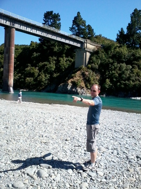 Greg Scott showing me how I will hobble up from my kayak toward my bike at the Gorge Bridge